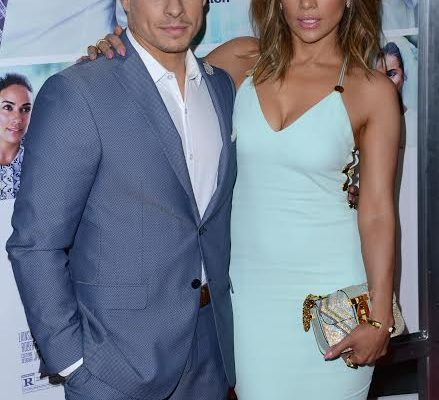 51990379 Celebrities at the Los Angeles premiere of 'The Perfect Match' at the Arclight Theatre in Hollywood, California on March 7, 2016. Celebrities at the Los Angeles premiere of 'The Perfect Match' at the Arclight Theatre in Hollywood, California on March 7, 2016.Pictured: Jennifer Lopez, Casper Smart FameFlynet, Inc - Beverly Hills, CA, USA - +1 (310) 505-9876 RESTRICTIONS APPLY: NO FRANCE