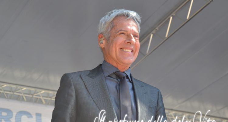 Claudio Baglioni sarà direttore artistico e conduttore del festival di Sanremo