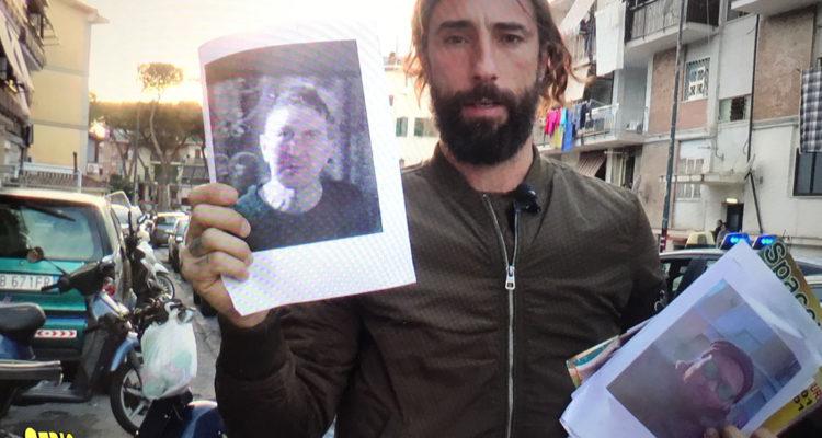 Striscia la Notizia: Vittorio Brumotti aggredito ancora a Napoli. Le immagini