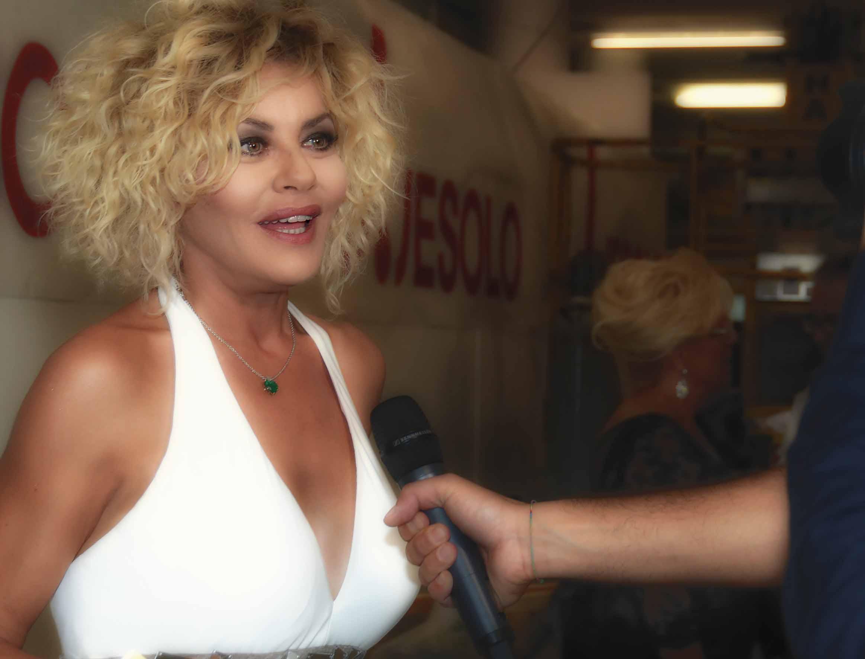 Leland Palmer (actress),Kieren van den Blink Hot clips Fan Bingbing,Soumya Seth 2007