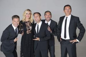 Ilary Blasi e i conduttori de Le Iene