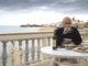 Salvo Montalbano nella sua casa di Marinella, in verità Punta Secca, località vicino Ragusa