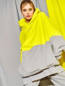 Monochrome_you; moda; fashion designer; fashion; fashion system; moda; giallo; grigio; monochrome; pantone; pantone 2021; the colours of year; resilienza e speranza